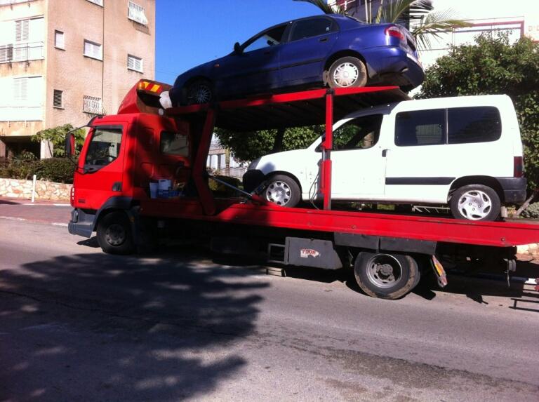 פירוק מכוניות