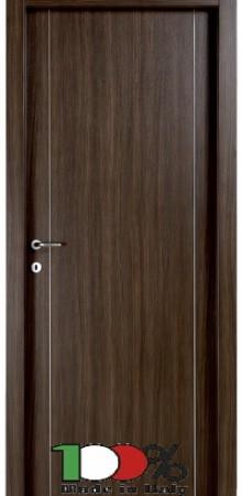 דלת למינטו (פורמייקה) בתוספת שני פסי אורך ניקל